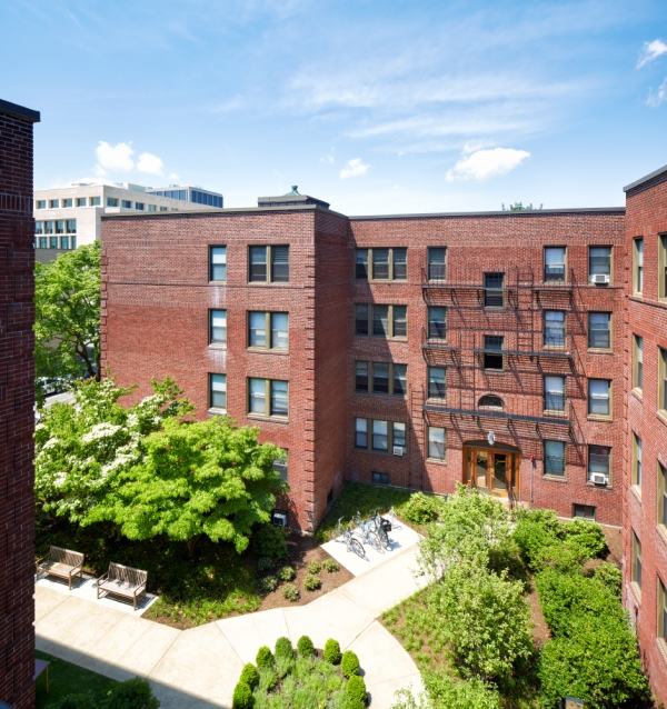 University Apartments: Harvard University Housing